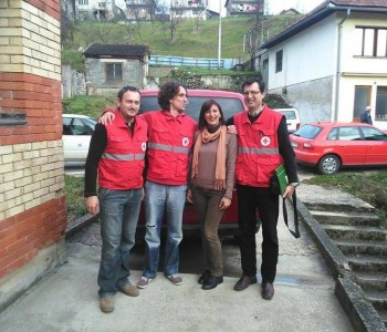 FOTO: Crveni križ HNŽ-a donirao prehrambene pakete Crvenom križu u Prozoru