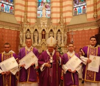 Kardinal Puljić zaredio četvoricu vrhbosanskih bogoslova za đakone