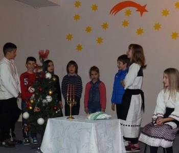 FOTO: Tradicionalna Božićna priredba OŠ fra Jeronima Vladića Ripci