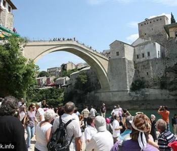 Svjetska kriza i poplave utječu na manji broj turista u Mostaru