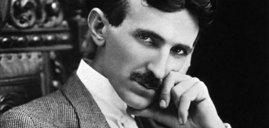 Tesla prije 100 godina predvidio pametne telefone