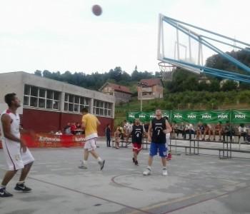 Saznajte rezultate prvih utakmica 13. Streetballa Prozor Rama