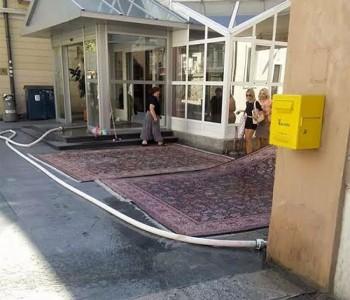 Kako se peru tepisi iz zgrade Općine Konjic?