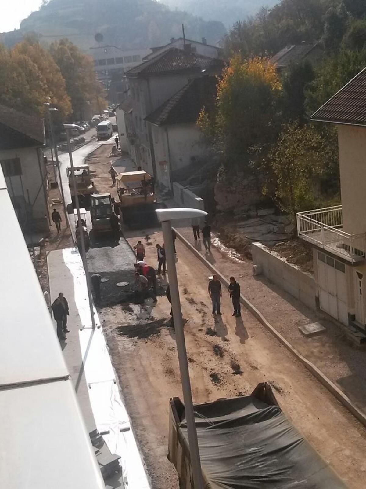 Asfaltiranje ulice Kralja Tomislava