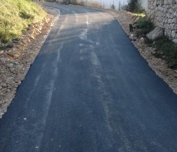 FOTO: Asfaltiranje puteva na Uzdolu