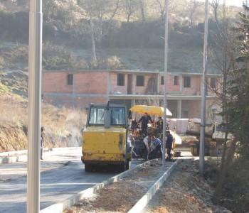 Danas se asfaltira ulica Kralja Tomislava od benzinske postaje Ina prema Gmićima