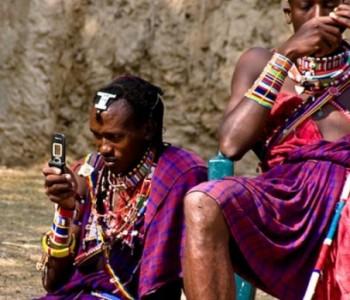 Više ljudi ima pristup mobilnim telefonima nego struji i vodi