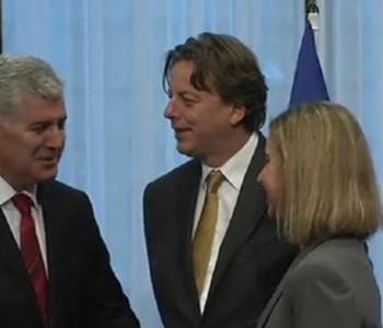 Povijesni trenutak za BiH: Čović svečano uručio bh. zahtjev za članstvo u EU