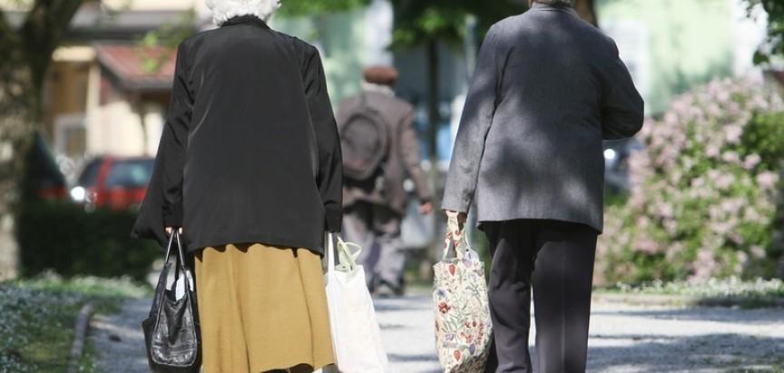 Umirovljenici iz FBiH jedini na Balkanu nisu dobili pomoć