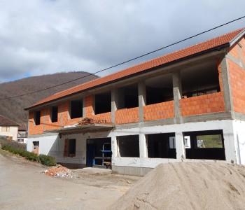 Načelnik Ivančević obišao radove na rekonstrukciji škole na Ustirami