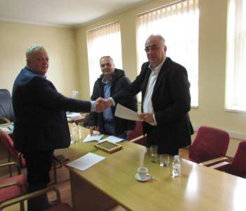 Potpisan Ugovor za sanaciju klizišta na Gradskom stadionu u Prozoru