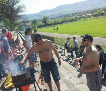 Navijači u BiH roštiljali za vrijeme utakmice