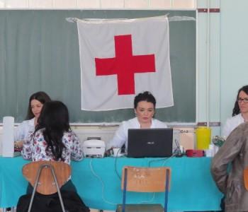 FOTO: U prostorijama Srednje škole Prozor održana akcija darivanja krvi