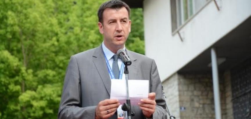 Načelnika Jajca iritira hrvatski grb!