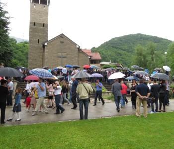 Foto: Vanjska proslava svetog Ante na Gračacu
