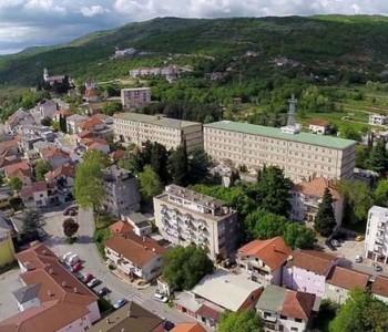 OBRAZOVANJE RUŠI BiH: Fakultetske diplome iz Svadbenog salona u Grudama