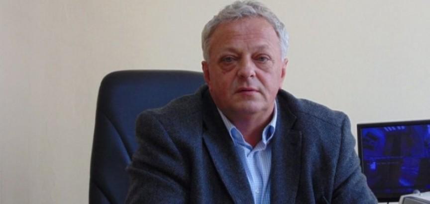 Dr. Jozo Ivančević: Čestitka Učiteljima -Želim Vam puno radosti, zadovoljstva i uspjeha u budućem radu s djecom i mladima.