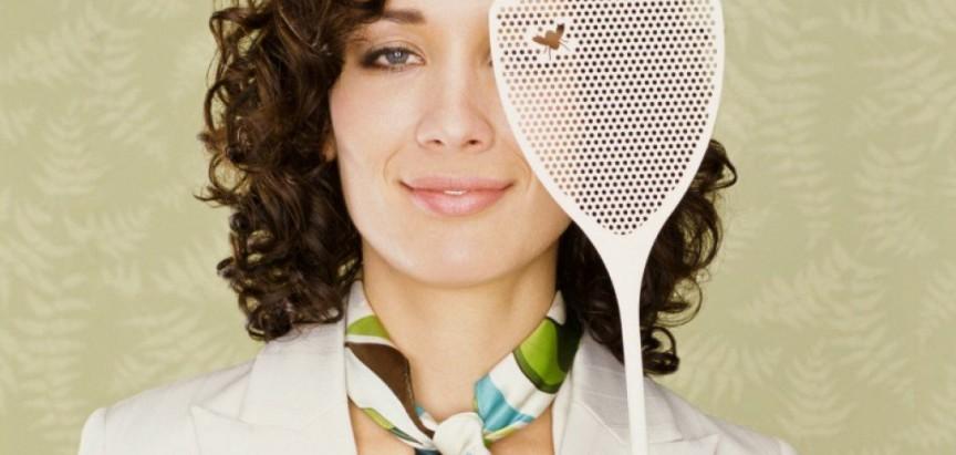 Bez kemije: Trik s vrećicom kojim ćete otjerati muhe iz doma