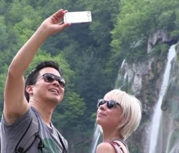 Nakon pete žrtve selfieja, na Plitvicama zabranjuju japanke
