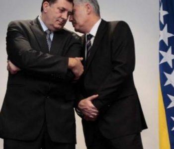 Srbi udali Čovića za Dodika