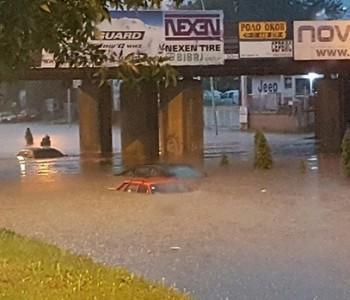 Nezapamćeno nevrijeme: Poplave u Makedoniji odnijele 15 života! Stotinjak ljudi ozlijeđeno, šestero nestalih