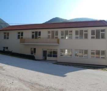 Renovirana i nadograđena Područna osnovna škola u Ustirami