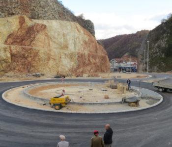 FOTO: Završni radovi na kružnom toku na ulazu u Prozor