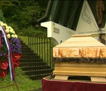 Pogreb i komemoracija za žrtve ekshumirane iz Hude jame