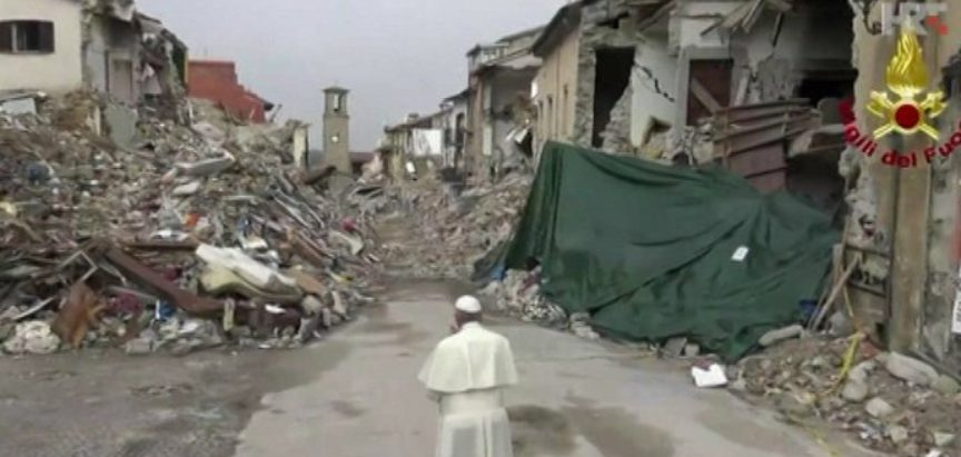 Papa Franjo nenajavljeno posjetio Amatrice