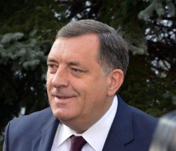 Dodik izvrijeđao Inzka: 'On je obični smutljivac, godinama hoda okolo i laže'