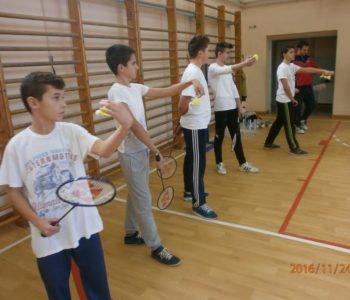 Oprema za badminton dodjeljena OŠ ¨Ivan Mažuranić¨Gračac