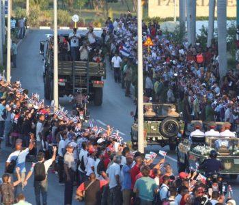 Nakon devet dana žalovanja, Kubanci se oprostili od Castra