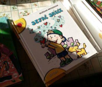 OBEĆANJE ISPUNJENO-Učenici Područne skole u Rumbocima dobili nove knjige za lektiru