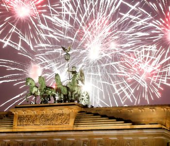 Pogledajte kako je svijet ušao u Novu godinu: Spektakularni vatrometi uz jake mjere osiguranja