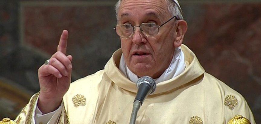 Papa Franjo pozvao Trumpa da brine o siromašnima