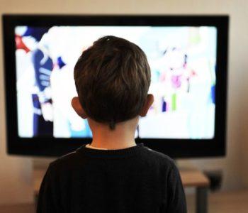 ALARM 'SAD JE JASNO: PRIJETI NAM EPIDEMIJA GLOBALNIH RAZMJERA!' Zbog sve učestalijeg zurenja u zaslone raznih uređaja mnogi bi mogli oslijepiti