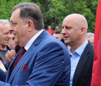 Dodik: Javno ću se odreći BiH putovnice