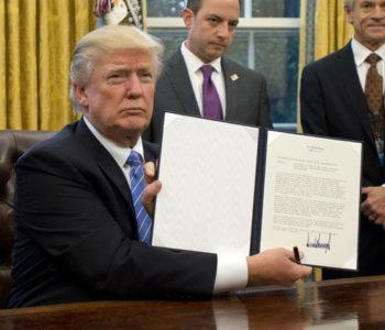 Trump bi mogao danas narediti izgradnju zida prema Meksiku
