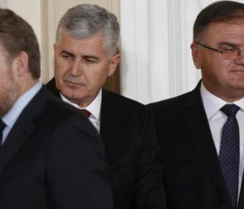 Srbi zakazali sjednicu NS RS, upitna većina u Parlamentu, rad institucija, ali i ministara