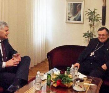 Čović i Puljić: Položaj Hrvata-katolika u BiH izuzetno je loš
