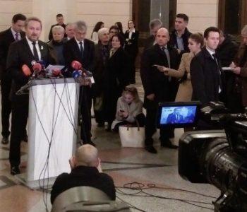 ODLUČENO: Pokrenuta revizija tužbe za genocid protiv Srbije