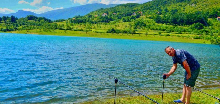 Započela ribolovna sezona i izdavanje dozvola