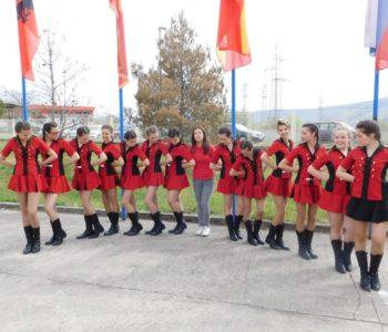 FOTO/VIDEO: Ramske mažoretkinje nastupile na Mostarskom sajmu