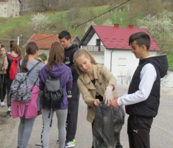 Šetnjom od Prozora do Ramskog jezera prikupljeno 100 vreća smeća