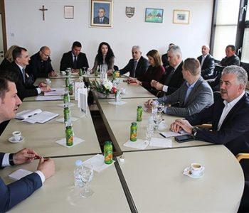 Šef HDZ-a BiH održao sastanak u Rami
