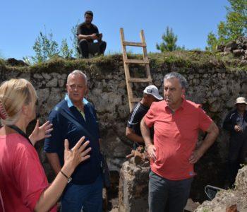 Foto: Načelnik Ivančević posjetio arheološko nalazište Gradac