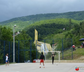 Foto: Na Uzdolu odigran malonogometni turnir u povodu patrona župe Sv. Ivana Krstitelja