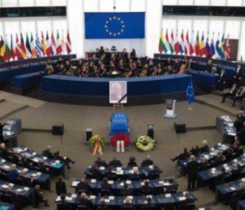 Ispraćaj Helmuta Kohla u Europskom parlamentu