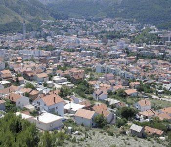 U Mostaru započelo uklanjanje nelegalnih objekata