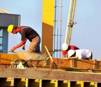 Porezna uprava: Upitne plaće za više od 100.000 radnika